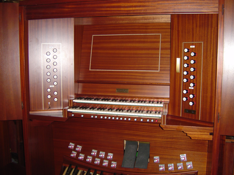 A console attached to the organ case of the mechanical action instrument for the  Cathedral of Aguascalientes in Mexico.
